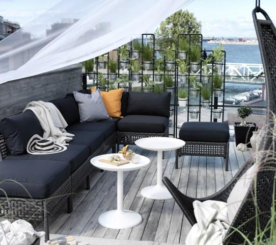Jak zas oni balkon przed s siadami przegrody balkonowe for Ikea terraza y jardin