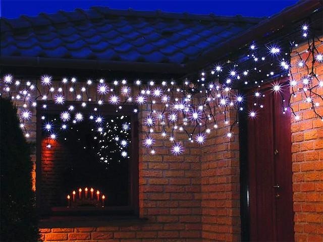 W Ultra Lampki choinkowe na balkon i taras: dekoracje świąteczne balkonu i NE61