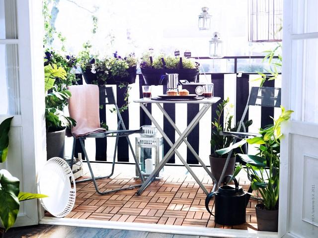 Pomys na balkon podesty drewniane zamiast p ytek - Salon de balcon ikea ...