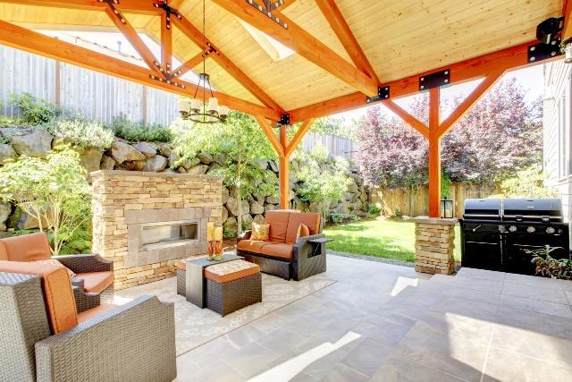 Letni salon na tarasie pomys y na taras efektowna for Idea deco terraza de madera