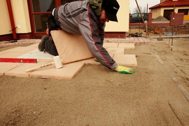 Taras Na Gruncie Z Płyt Betonowych Budowa Tarasu W Jeden Dzień