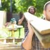 Drewniane deski tarasowe – jakie deski na taras wybrać?