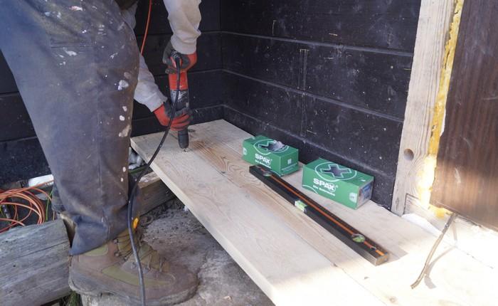 montaz-tarasu-wkrety-do-drewna