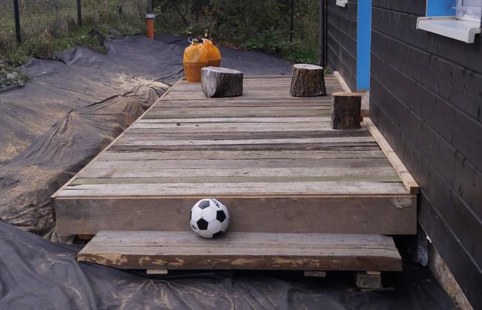 taras-drewniany-stare-deski